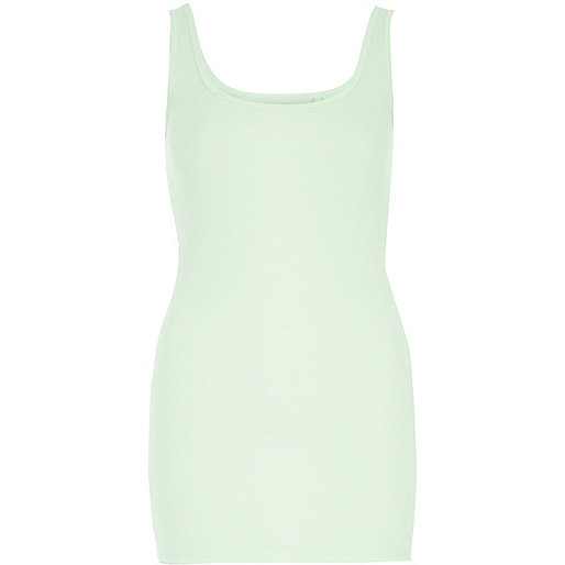Green scoop neck tank