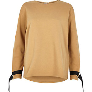 Light brown ring detail long sleeve sweater