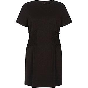 T-shirt noir froncé coupe longue