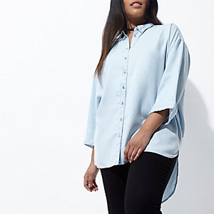 Plus blue know back denim shirt
