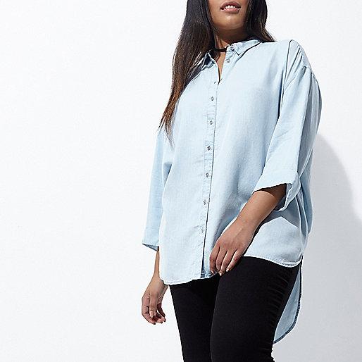 Plus blue know back denim shirt