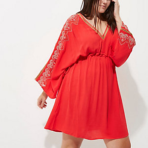 Plus red long sleeve kimono dress