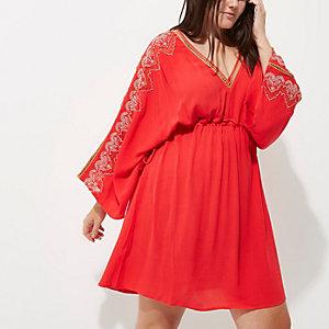 Plus – Robe kimono rouge à manches longues