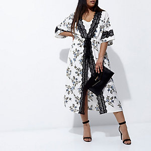 Plus white floral print kimono dress