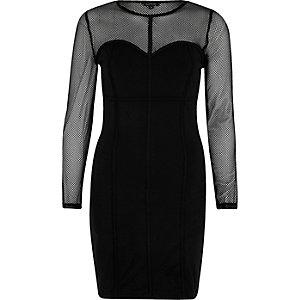 Robe noire moulante en tulle effet corset