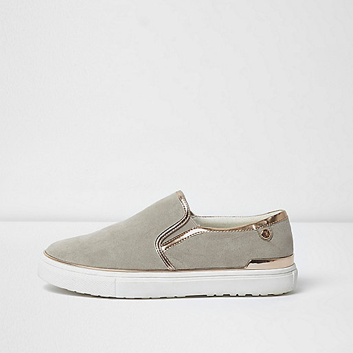 Light grey wide fit slip on plimsolls