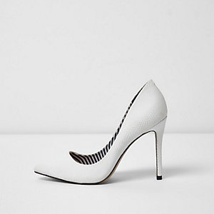 White wide fit pumps