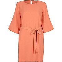 Pink puff sleeve swing dress
