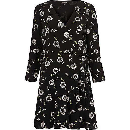 Black daisy print split sleeve wrap dress
