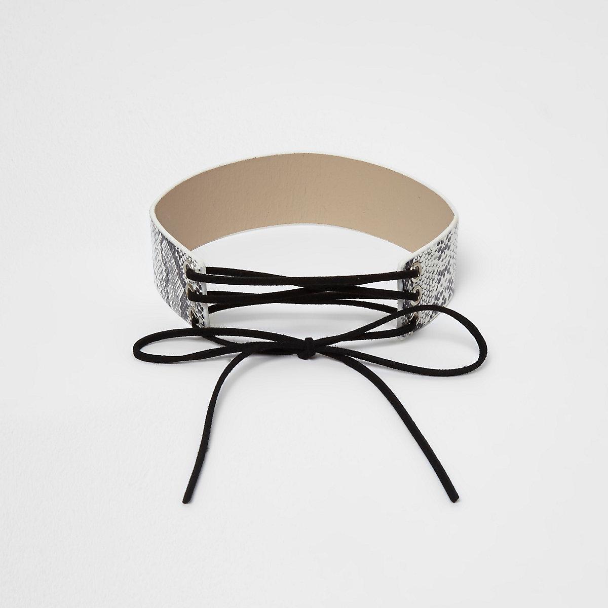Collier Ras De Cou Motif Serpent Blanc Style Cravate Texane