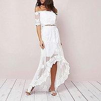 Cream lace high-low hem maxi skirt