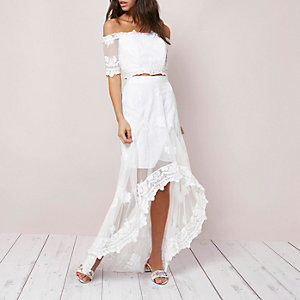 Cream lace high-low hem maxi skirt