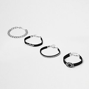 Lot de bracelets noirs façon western