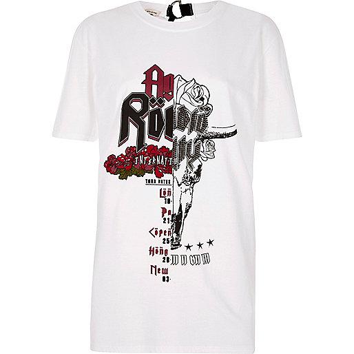 White spliced rock band D-ring back T-shirt