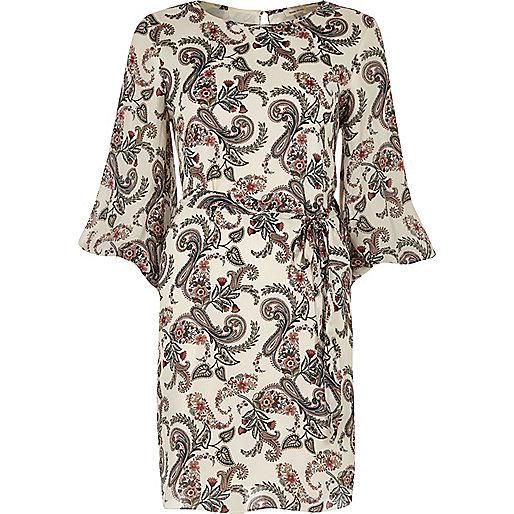 Cream paisley print puff sleeve swing dress