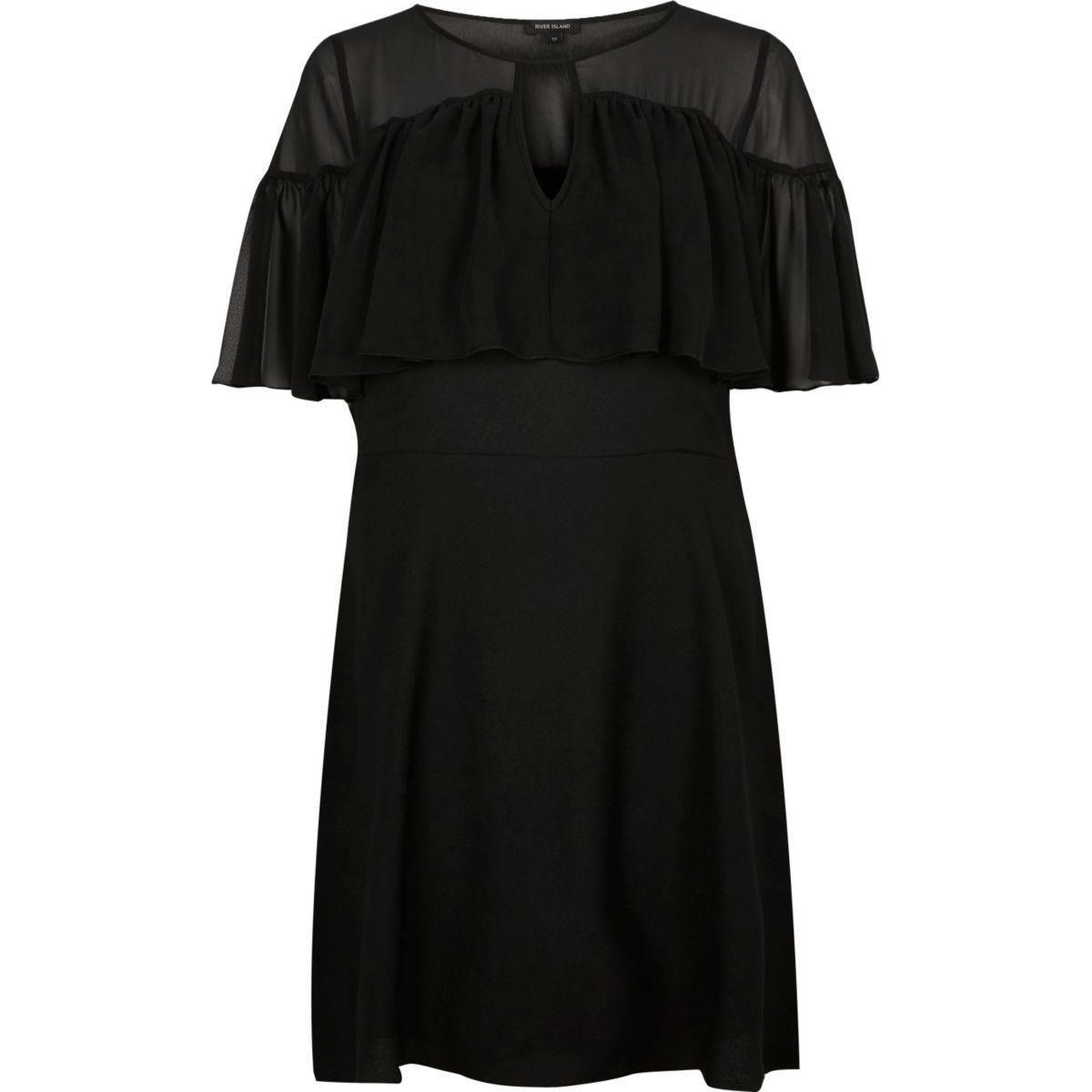 Robe noire effet superposé avec manches à volants