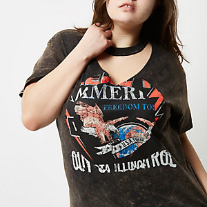 RI Plus - zwart acid wash T-shirt met chokerhals