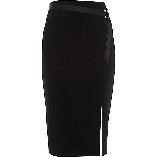 Black D-ring belt pencil skirt
