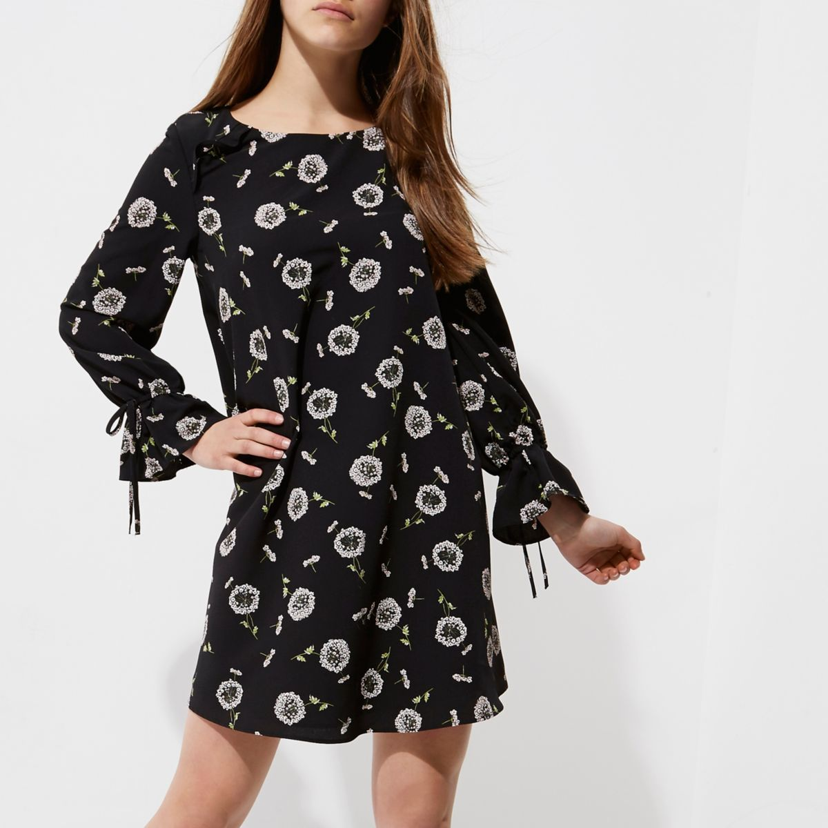 Petite black floral long sleeve smock dress
