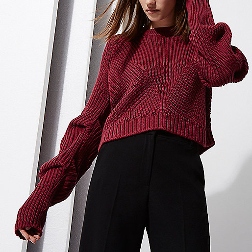 Berry RI Studio rib knit ruched sleeve sweater