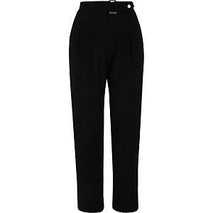 Black buckle tapered trousers
