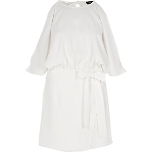 White tie waist cold shoulder playsuit