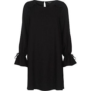 Black frill long sleeve swing dress