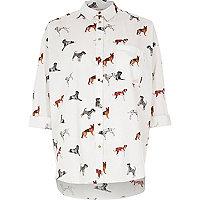 Weißes Hemd mit Hundemotiv
