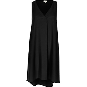 Black sleeveless pleat swing dress