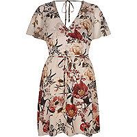 Kleid in Creme mit Blumenmuster