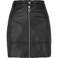 Black faux leather zip biker mini skirt