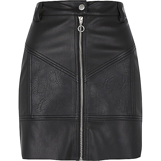 Black faux leather zip biker mini skirt