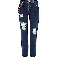 Donkerblauwe ripped boyfriend jeans met broche