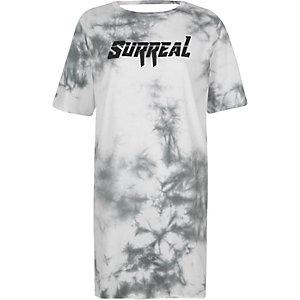 "T-Shirt mit Batikmuster und ""Surreal""-Print"