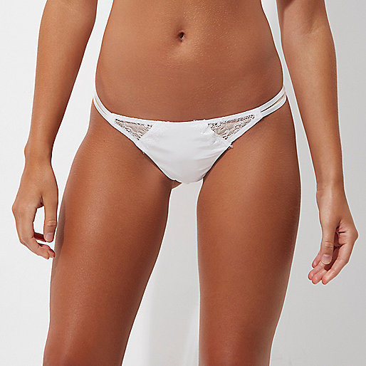 White lace embroidered back briefs
