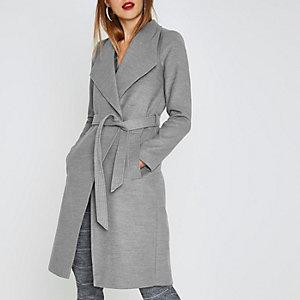 Manteau style peignoir gris avec ceinture