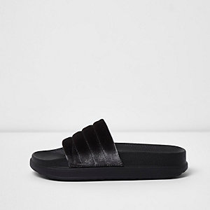 Dark grey velvet sliders