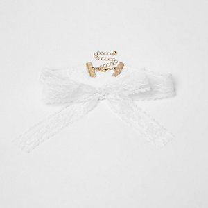 White lace bow choker