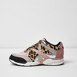 Gold metallic leopard print runner trainers