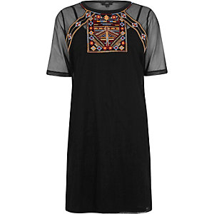 Black mesh embroidered T-shirt dress