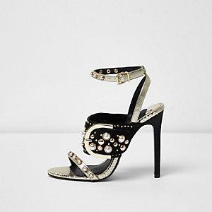 Goudkleurige minimalistische sandalen met studs en gesp
