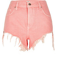 Pink frayed hem high side denim shorts