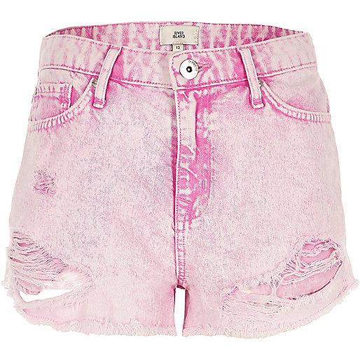 Pink acid wash distressed denim shorts