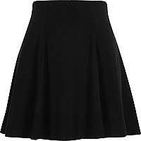 Black flippy mini skirt