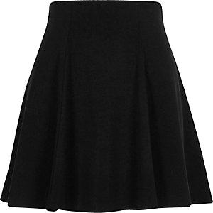 Black flippy mini skirt