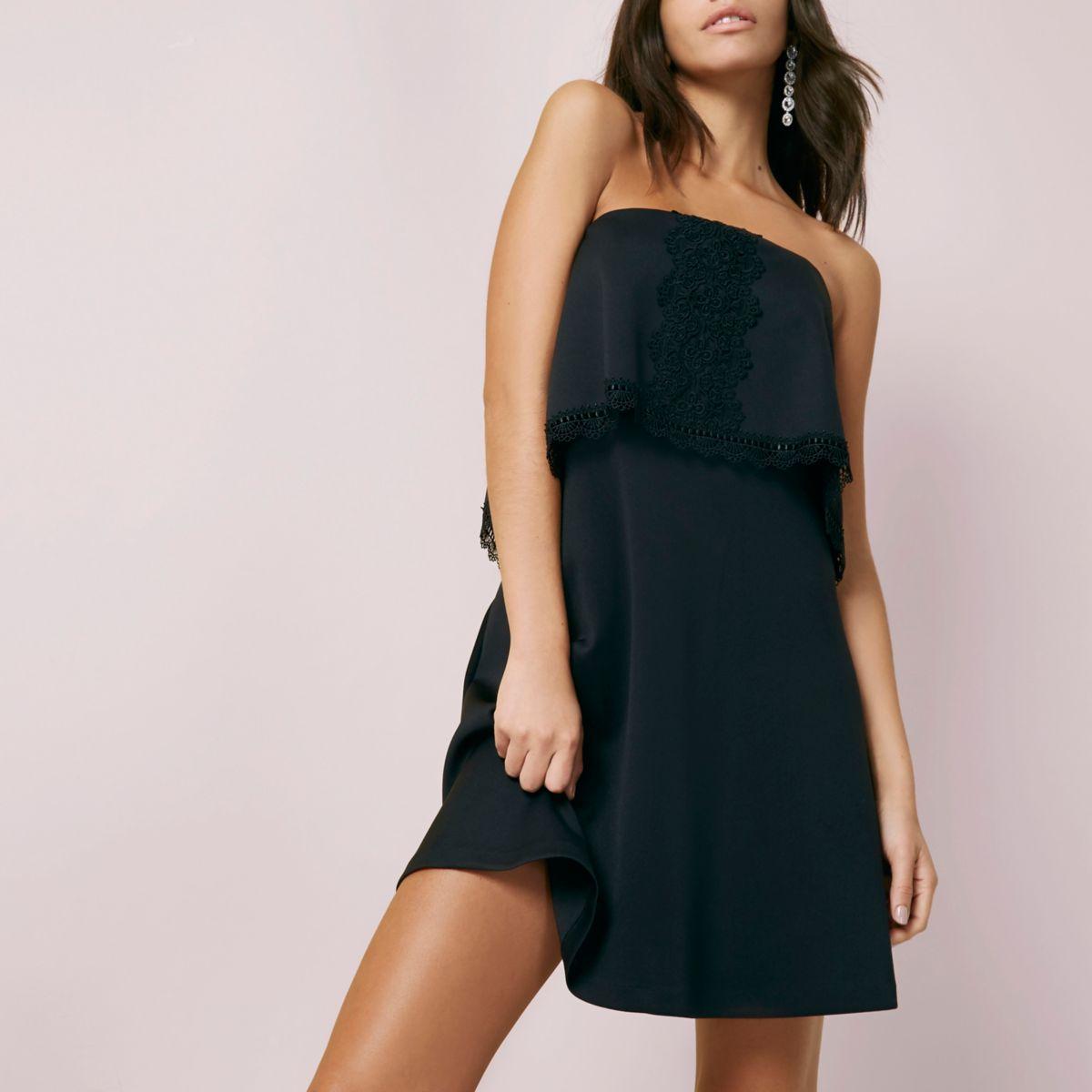 Mini robe bustier noire bordée de dentelle