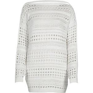 Witte grofgebreide pullover met V-rug