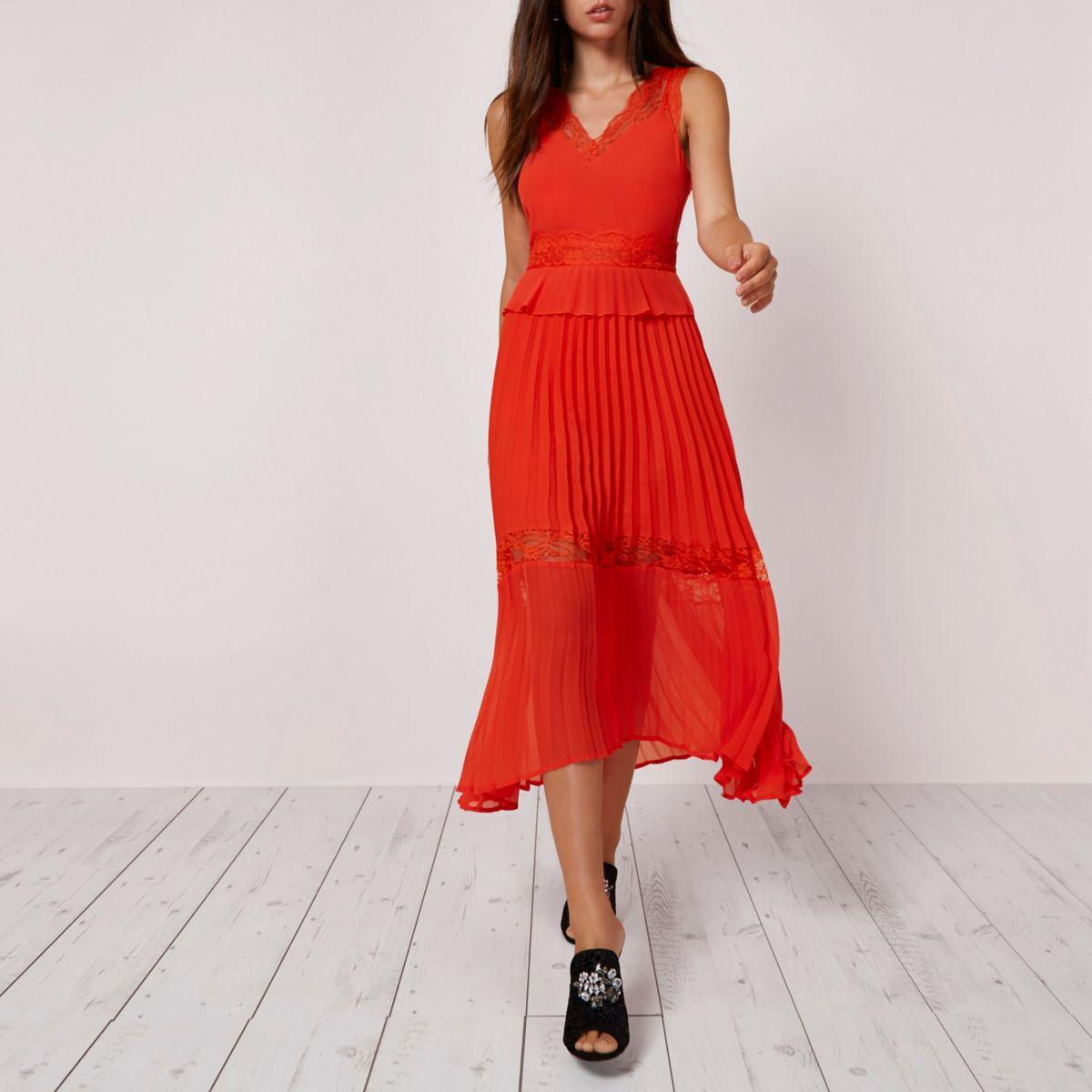 Orange pleated skirt lace trim dress