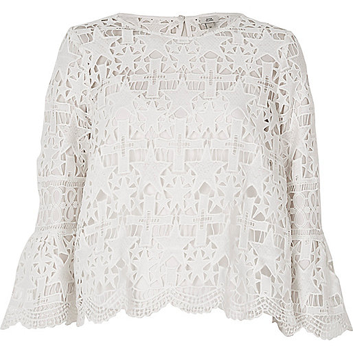 White star lace bell sleeve top
