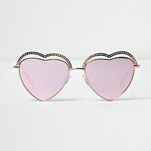 Goldene, herzförmige Sonnenbrille